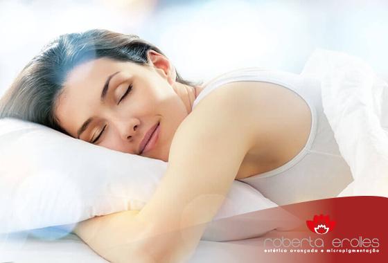 A hidratação noturna é muito importante para cuidar da sua pele